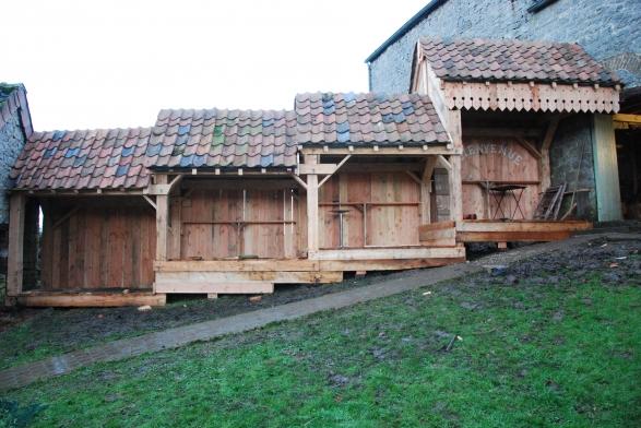 Jean louis ancion r alise des cabanes perch es en bois de for Dlb meuble